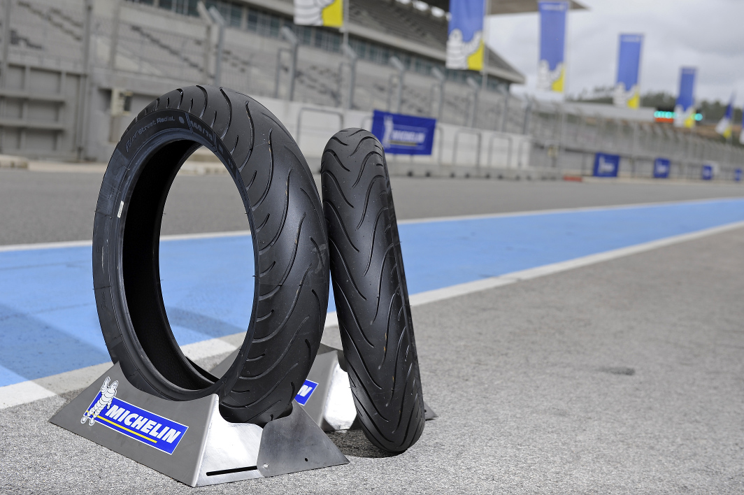 Review: Michelin Pilot Street Radial Di CBR250R