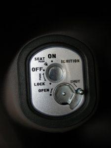 lock-key-shutter-02
