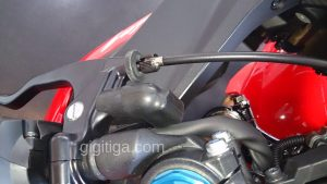 cbr250rr-2016-red-wahana-clutch-lever-02