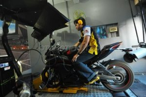 otomotif-dyno-test-cbr250rr-out-01