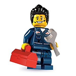 lego-mechanic-out-01