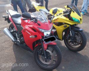 morning-ride-31-dec-2016-cbr250r-cbr600rr-2008-yellow-front-right-01
