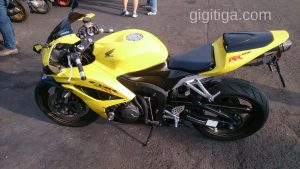 morning-ride-31-dec-2016-cbr600rr-2008-yellow-side-left-01